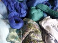 Die Zutaten aus dem Woll-/Seidenregal