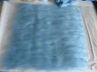 Die Kammzugwolle der verschiedenen Farben...