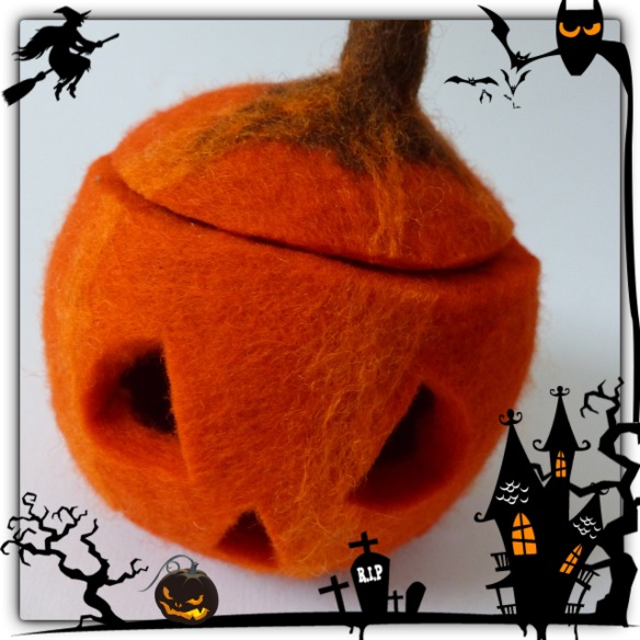 2015.10 Halloween-Kürbis