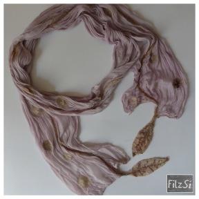 2017.05 Schal violett-beige 3